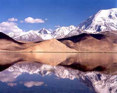 Karakul Lake and Muztagh Ata, Kashgar Attractions, Xinjiang Travel ...